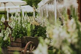 Batemans House Sussex Wedding Flowers