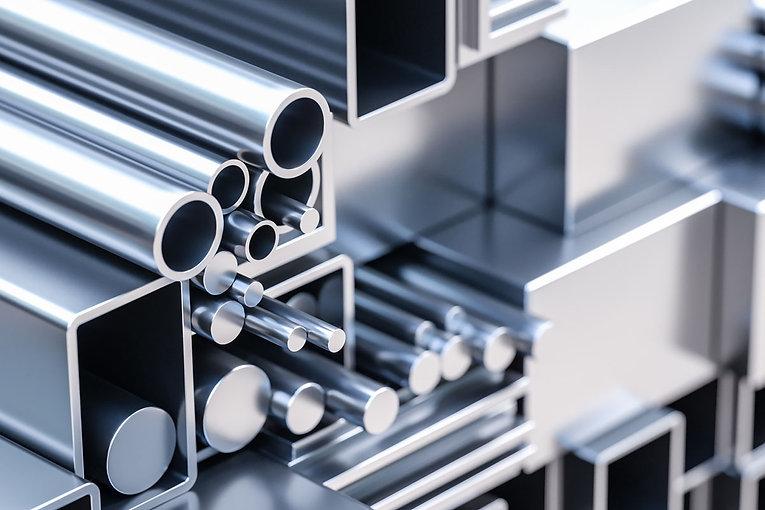 Aluminum-vs-Aluminium-Eagle-Mouldings.jpg