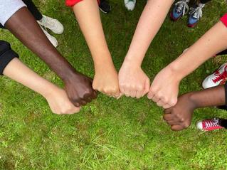 #51 – SLAM ! Les jeunes Marocain.es et français.es manifestent ensemble contre le racisme