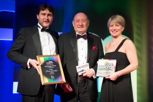 Jacqui Mee and James Bashforth collect Innovation Award at FSM awards dinner