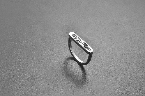 Juliet Signet Ring