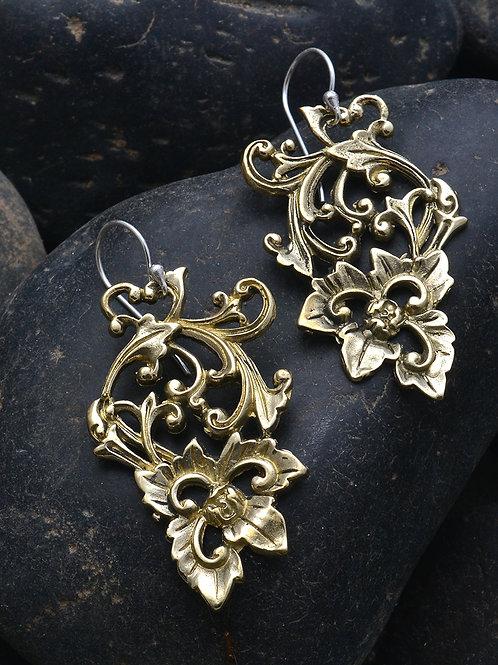 Garden Lily  Earrings