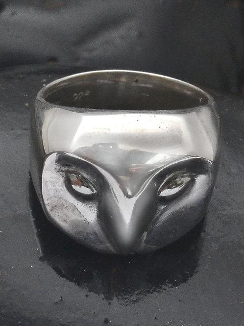 Tyto plain ring