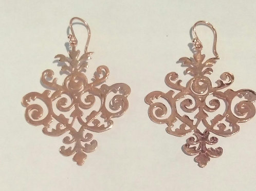 Earring pakis with rose gold