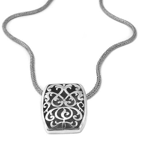 Pakis Carved Necklace