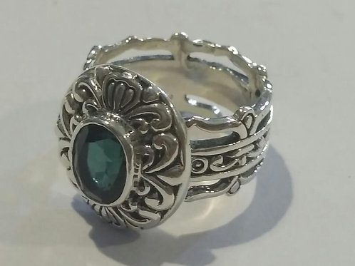PUTRA Green is our new favorite ring made with green quartz.