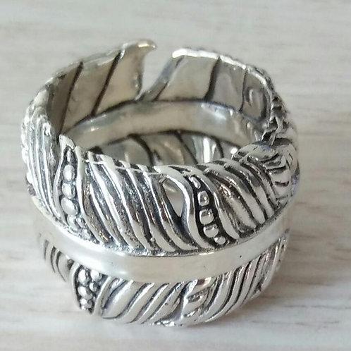 Our Daun Band Ring