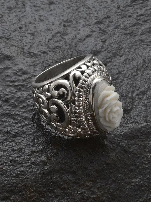 MAWAR PAKIS ring
