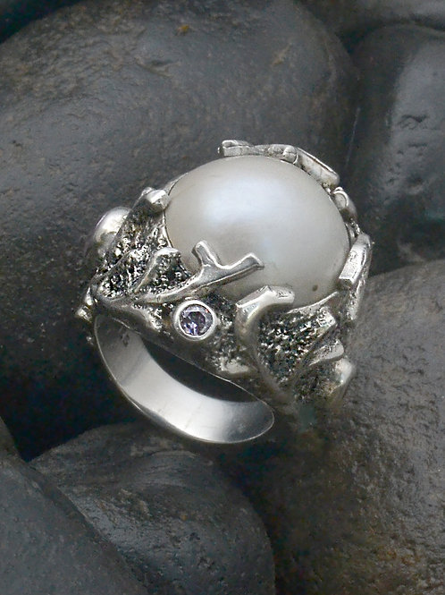Coral Pearl Ring