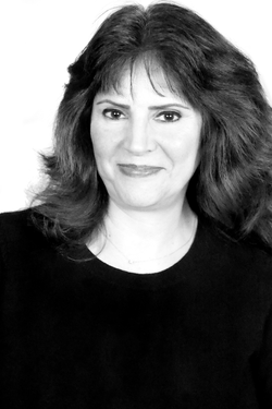 Sarvenaz Kay