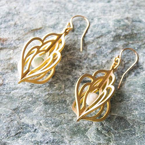 真鍮ピアス◯ティアドロップ 糸魚川翡翠