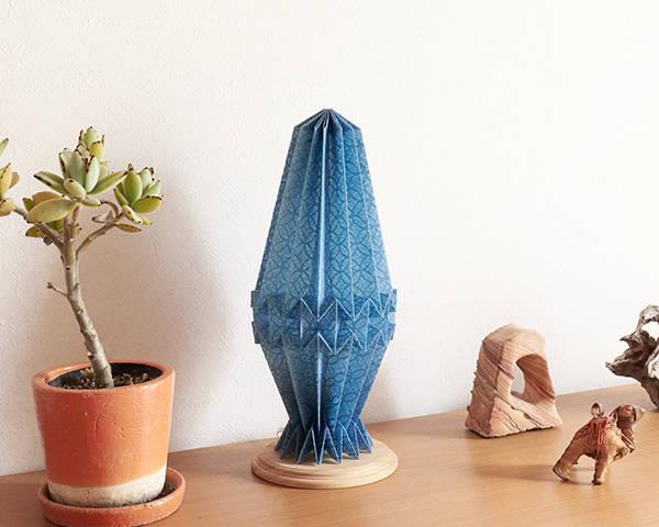 Origami  lamp  Crystal -Tosa Washi 藍染-
