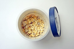 Dry Oatmeal in Cup, Oatmeal filling machine, dry food filling, dry food filling machine