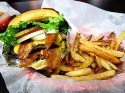 bacon cheese burger gulf gate sarasota