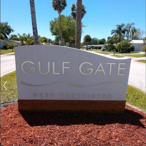 gulf gate entrance sign.JPG