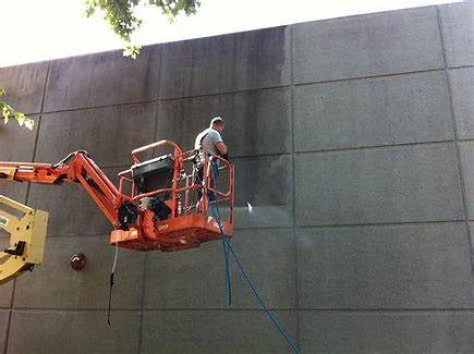 pressure washing concrete sarasota.jpg