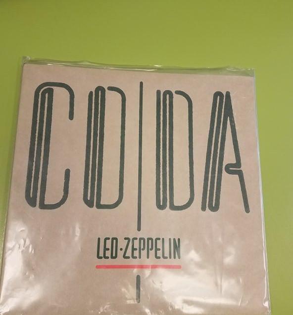 led zeppelin vinyl.jpg