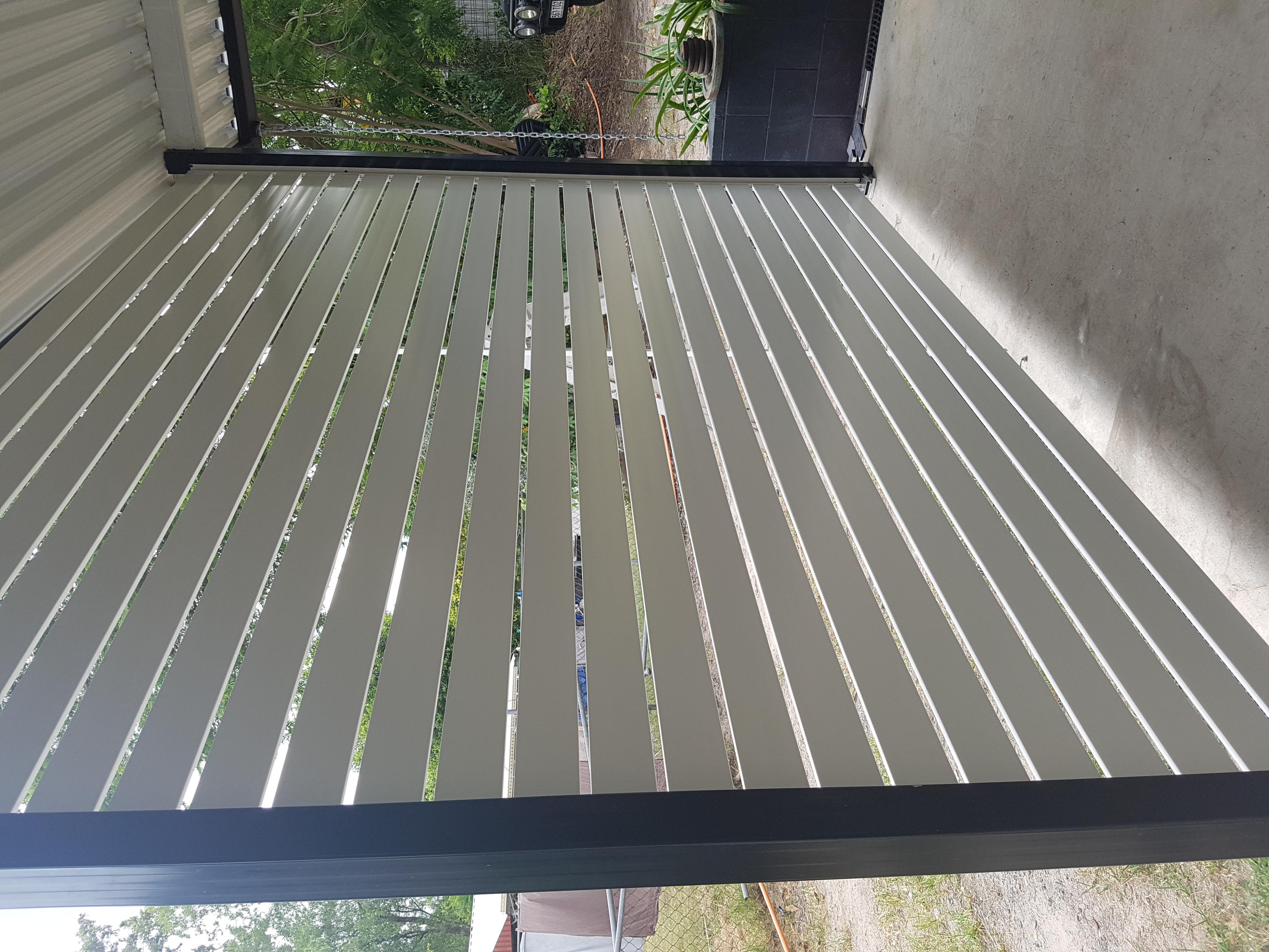 Aluminium Slat Veranda Screen