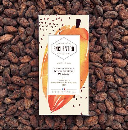 Tablette aux éclats de fèves de cacao torréfiés