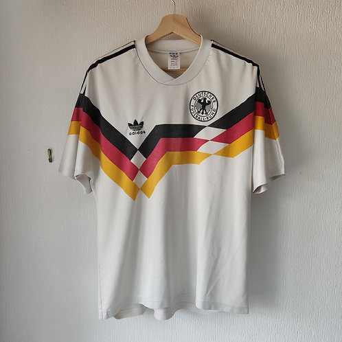 Germany 88-90 Home - Size L