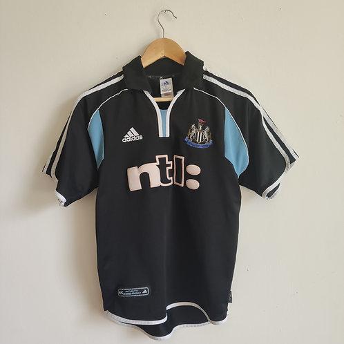 Newcastle 00/01 Away - Size S