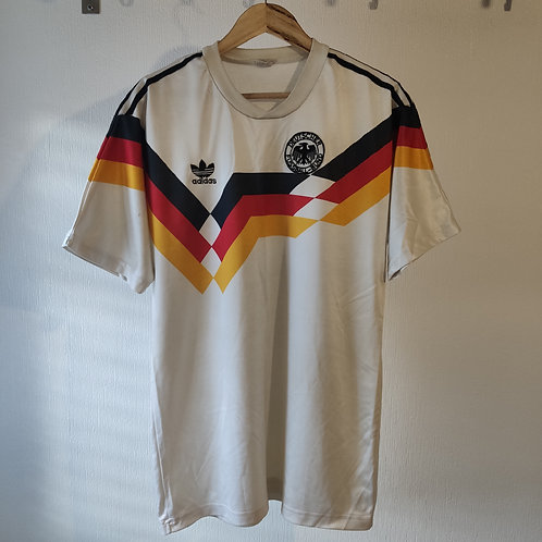 Germany 88-90 Home - Size 40-42