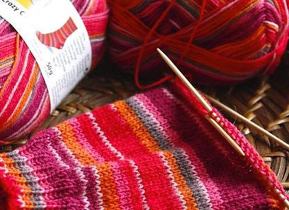 sockenwolle-regia-color-im-korb.jpg