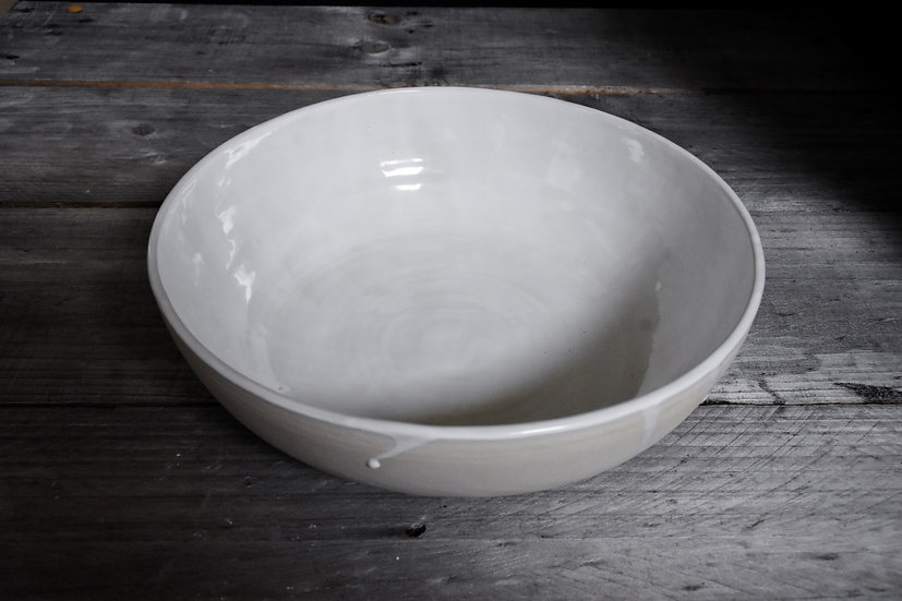 Shallow White Gloss Serving Bowl