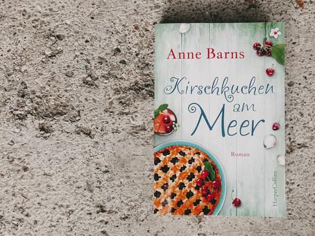 Kirschkuchen am Meer von Anne Barns