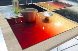 Reversible table mat