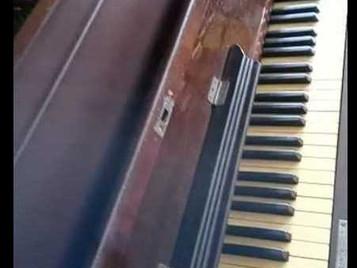 Doação de Piano para a SFNSC pelo Maestro Sr. Gilson da Silva Andrade