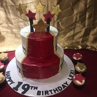 hollywood cake.jpg