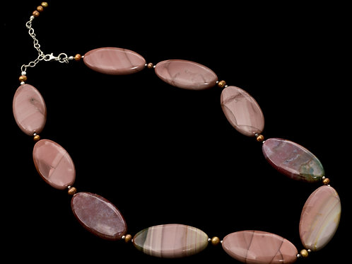 FLAT OVAL ROCK NECKLACE