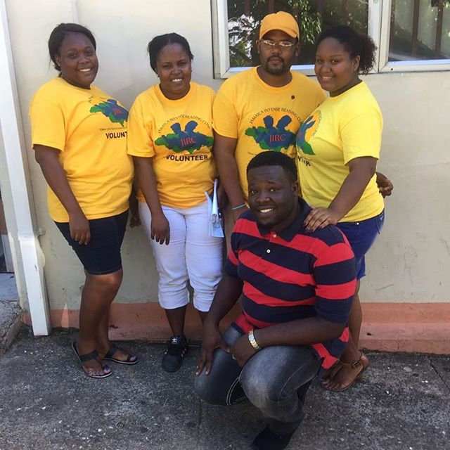 Four of our volunteers decided to pose for the camera with their csmp Supervisor, Shantel Henry afte
