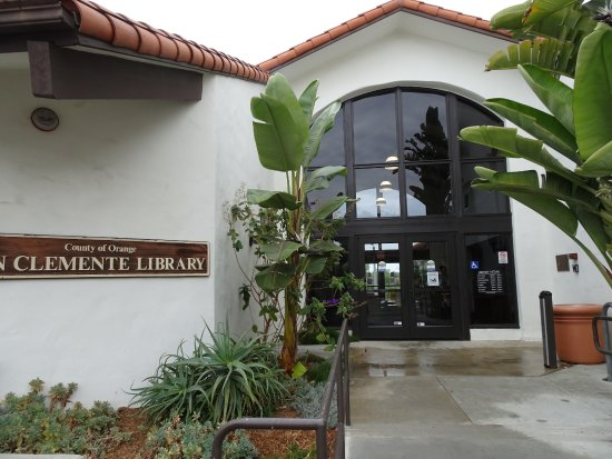 San Clemente Library Entrance