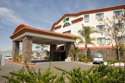 CH Holiday Inn Entrance