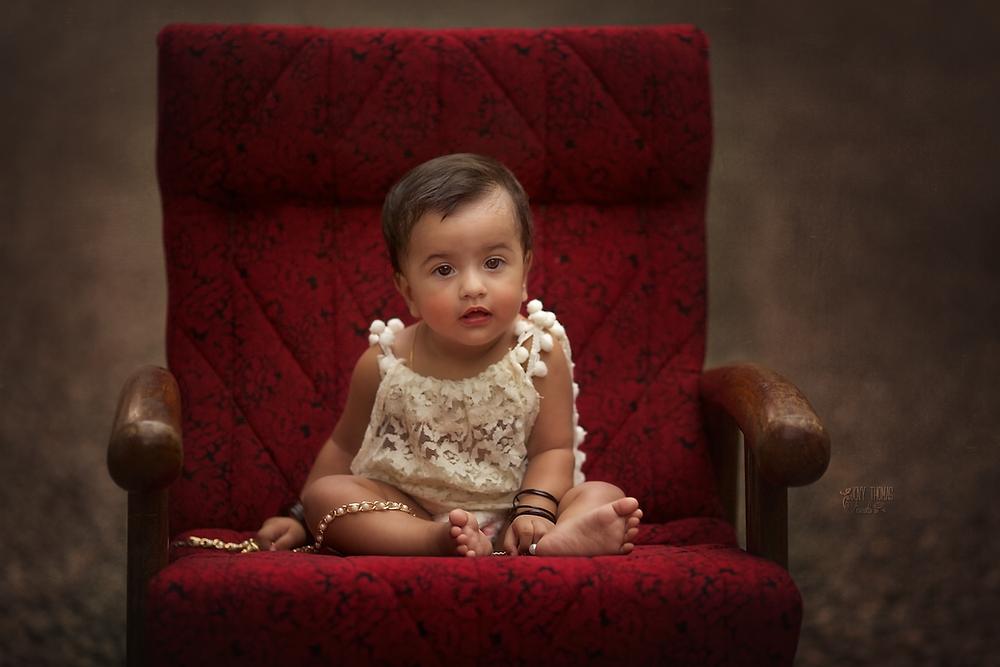 Sitting baby poses
