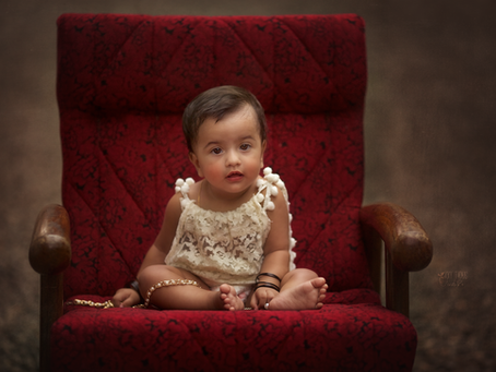 Sitting baby girls - By: Kids Photographer Hyderabad