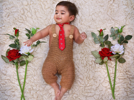 Posing options for 6 month old babies