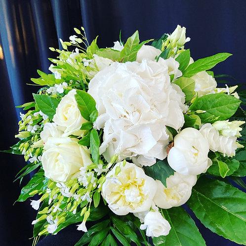 Beau bouquet rond blanc  ( photo non contractuel)