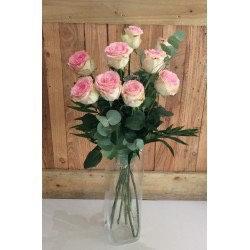 Bouquet de 9 belles roses rose hors vase