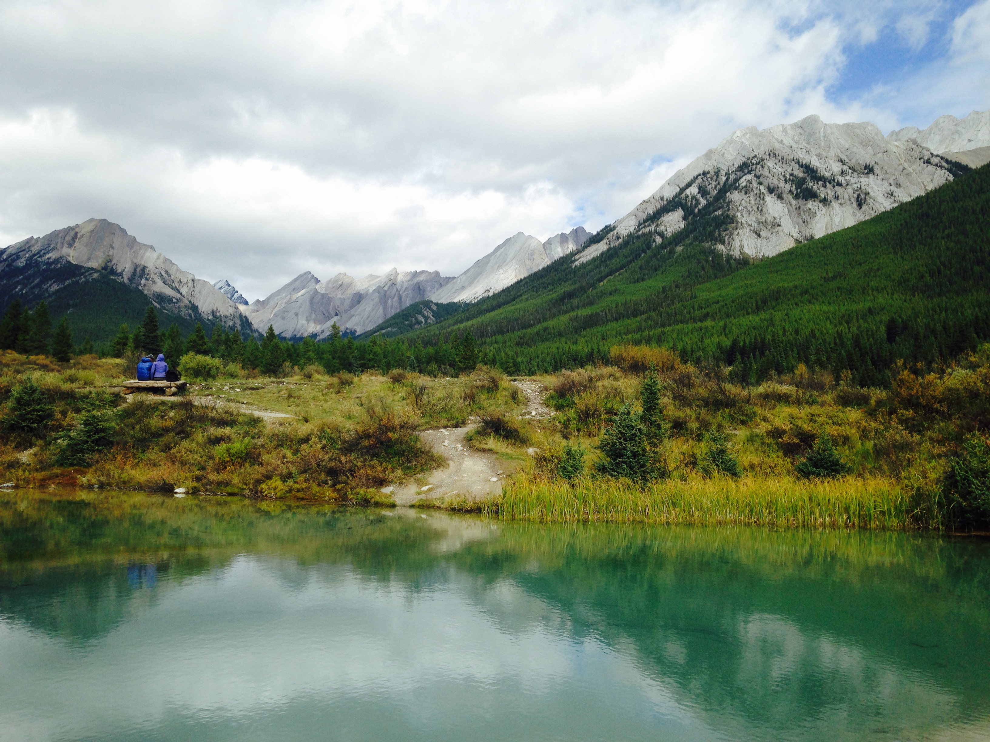 Johnston Canyon to the Inkpots