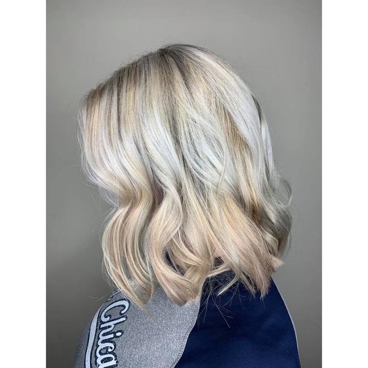 BlondeShoulderStyle.jpg