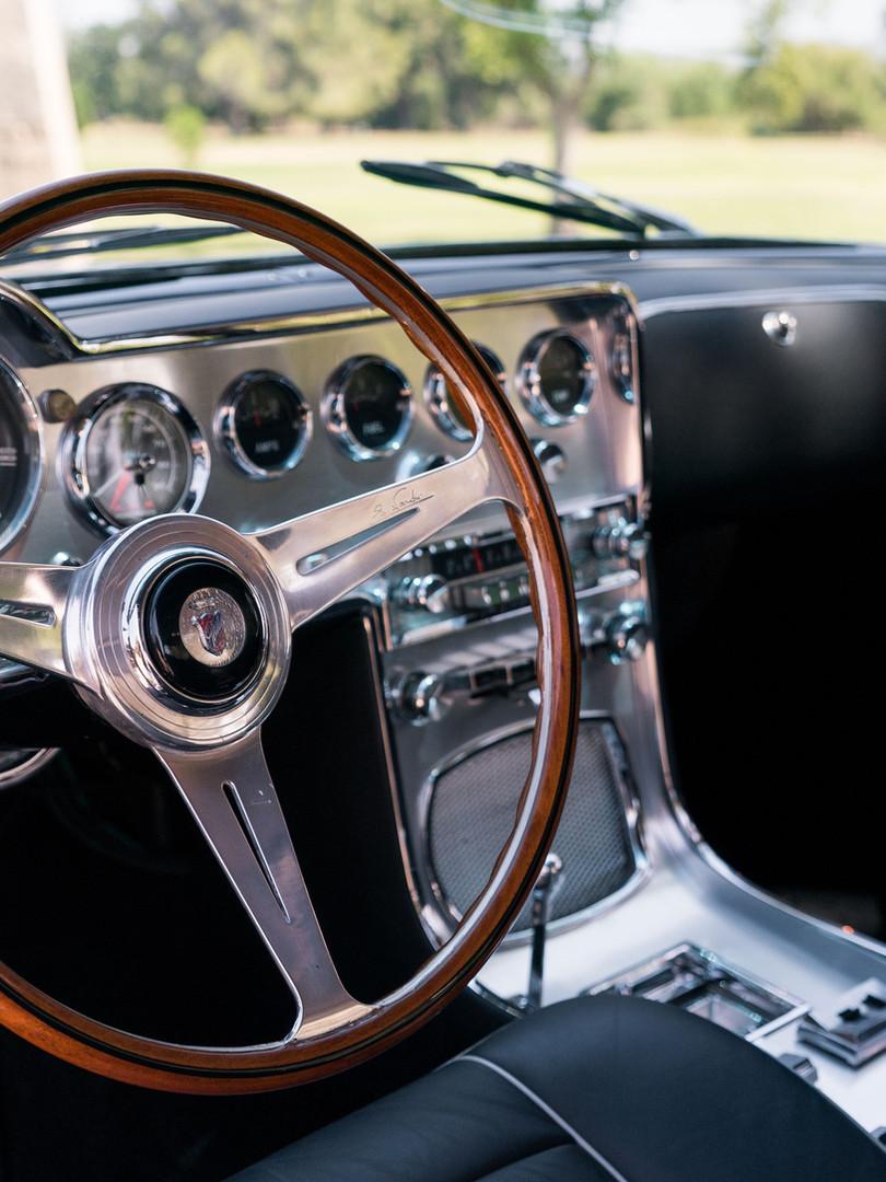 1961 Dual-Ghia L6.4 Interior