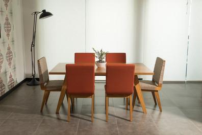 NALAKALÚ DINNER TABLES
