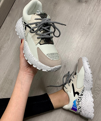 Sneakers - MODÈLE HYPE