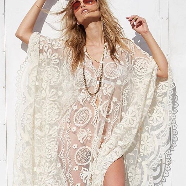 🐚 Pretty in L A C E 🐚 Shop glamorous R