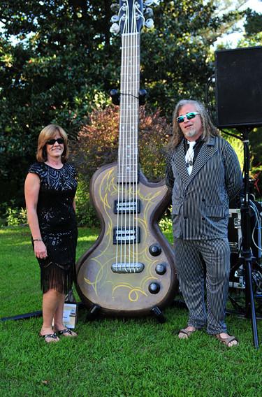 10 foot Giant Guitar
