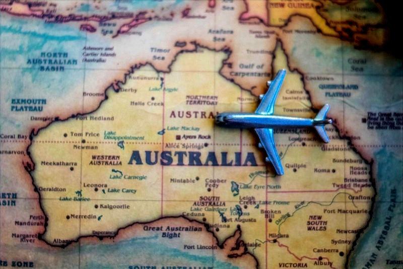 study-visa-australia_edited.jpg