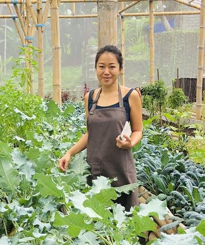 Audria Evelinn posing in her garden